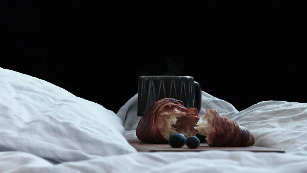 Coffee & More - Breakfast in bed