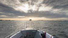Naturen hetsar oss över Ålands hav