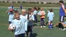 Full fart på Djurgårdens sommarfotbollsskola